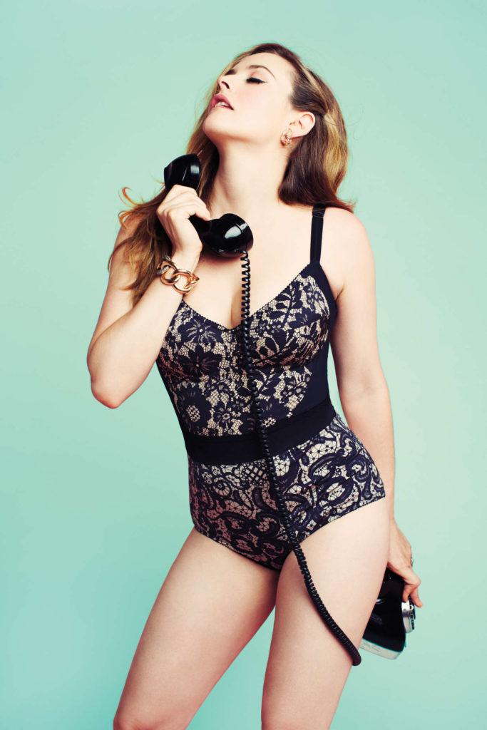 Alicia Silverstone Bikini Pictures