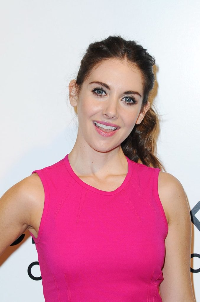 Alison Brie Muscles Photos