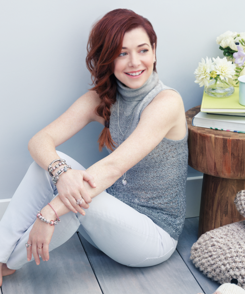 Alyson Hannigan Cute Pics