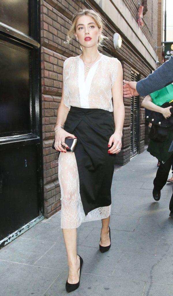 Amber Heard Legs Photos
