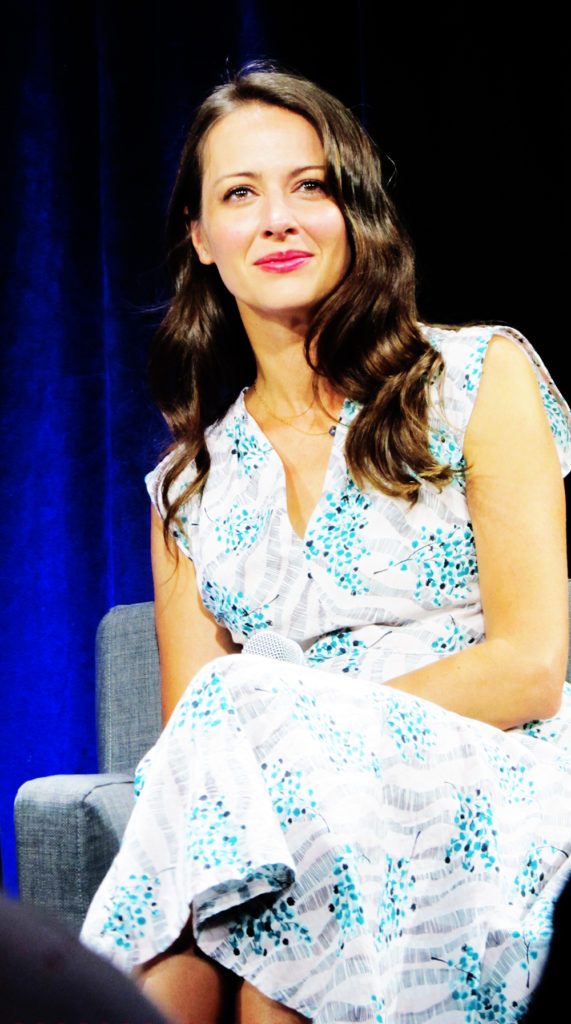 Amy Acker Event Photos