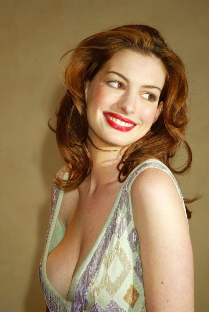 Anne Hathaway Boobs Images