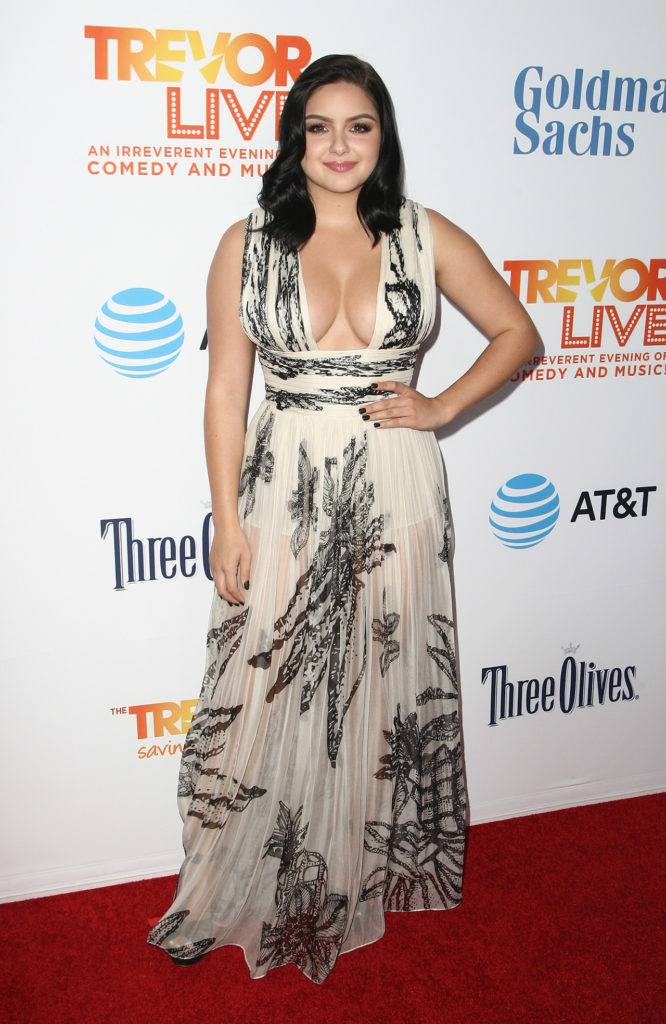 Ariel Winter Award Show Images