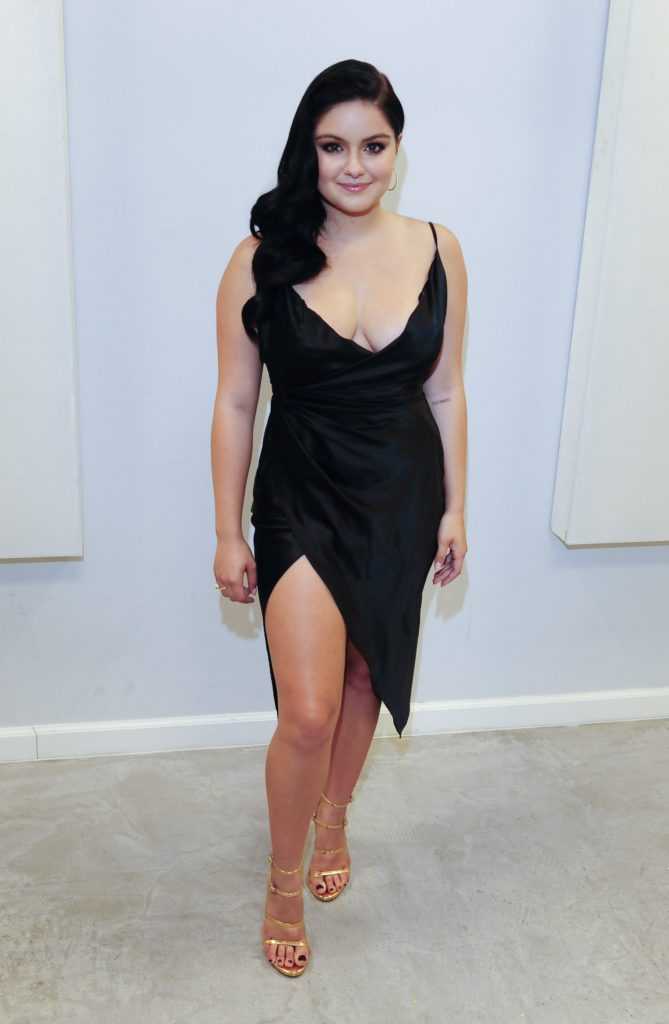 Ariel Winter Oops Moment Images