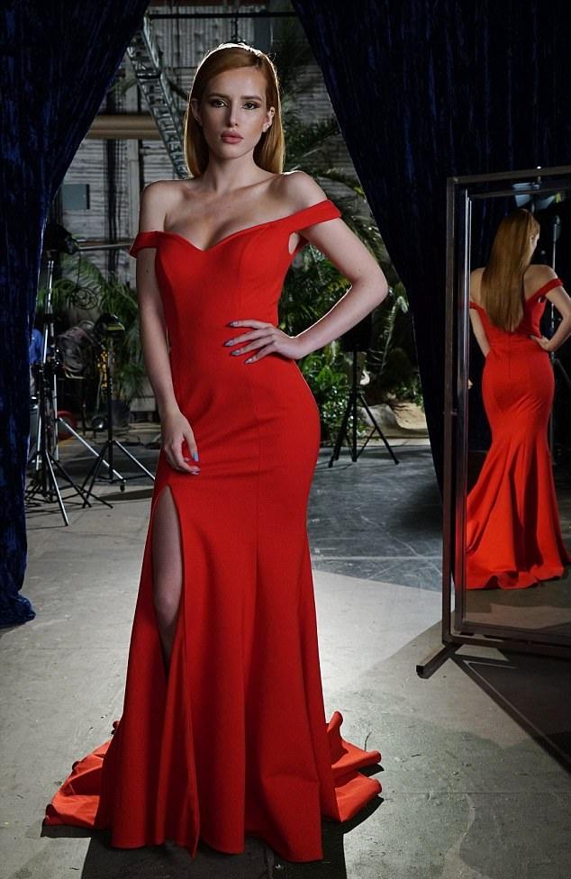 Bella Thorne Rampwalk Sexy Pics