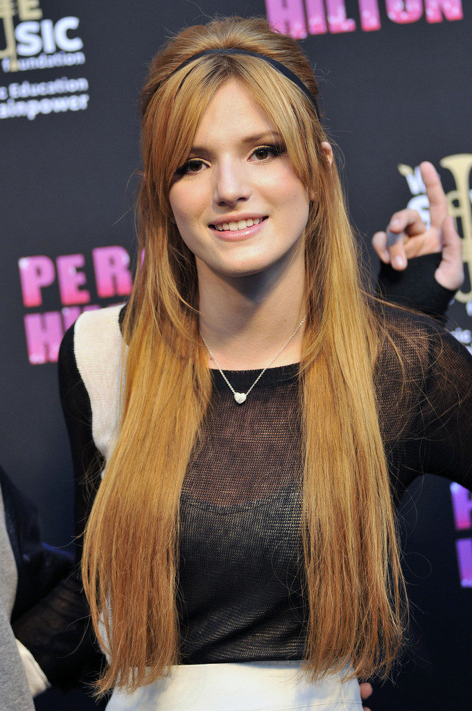 Bella Thorne Sexy Pictures