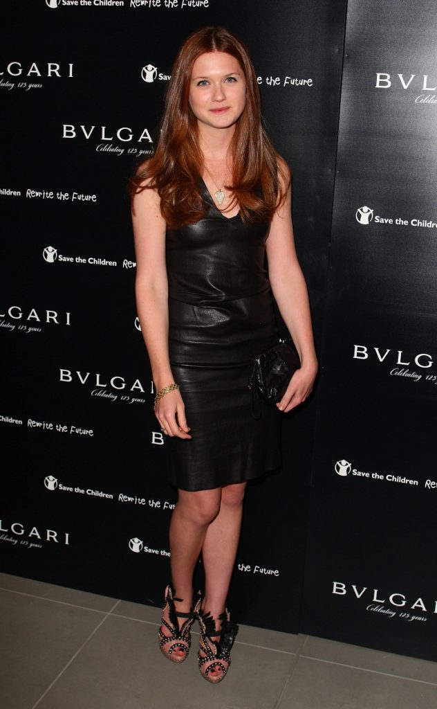 Bonnie Wright High Heals Images