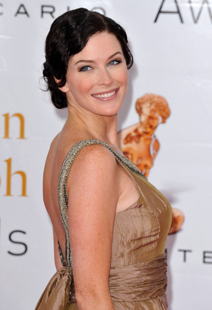 Bridget Regan Cute Smile Wallpapers