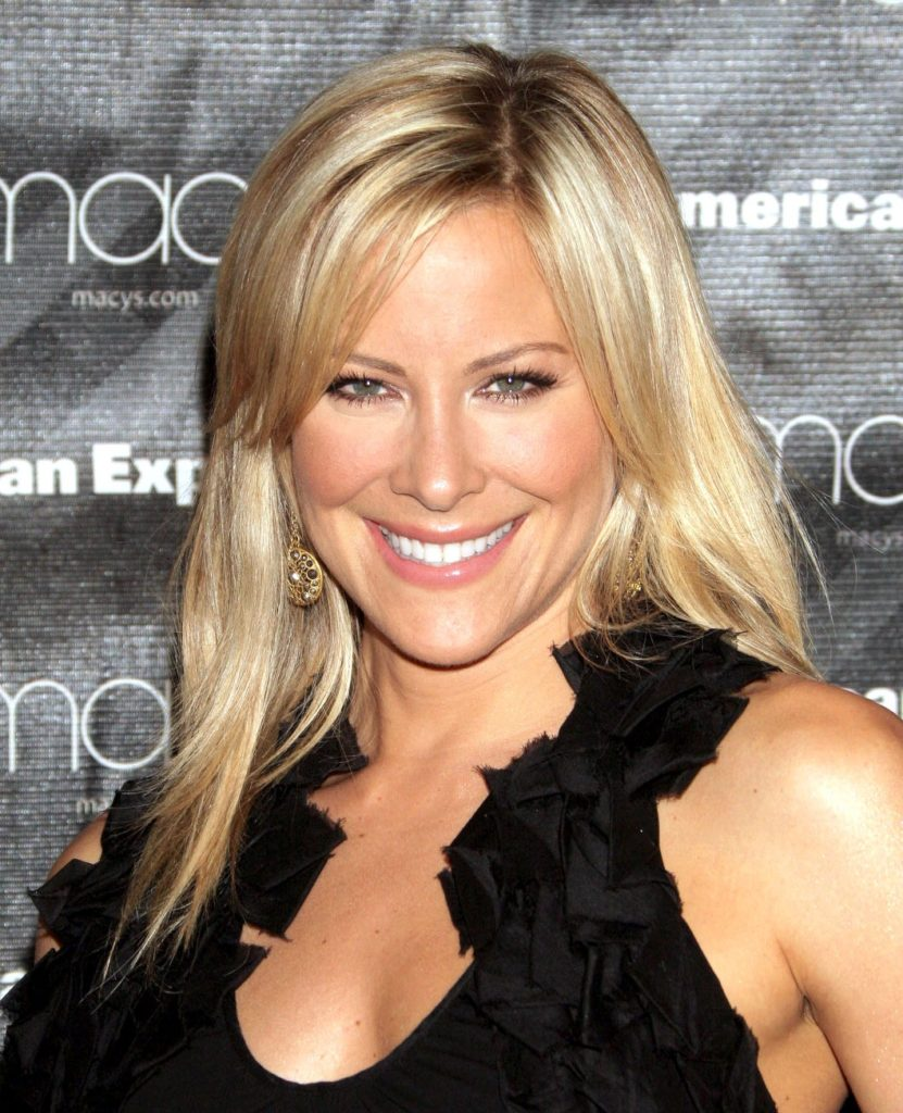Brittany Daniel Sexy Pictures Gallery