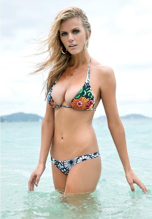 Brooklyn Decker Bikini Images
