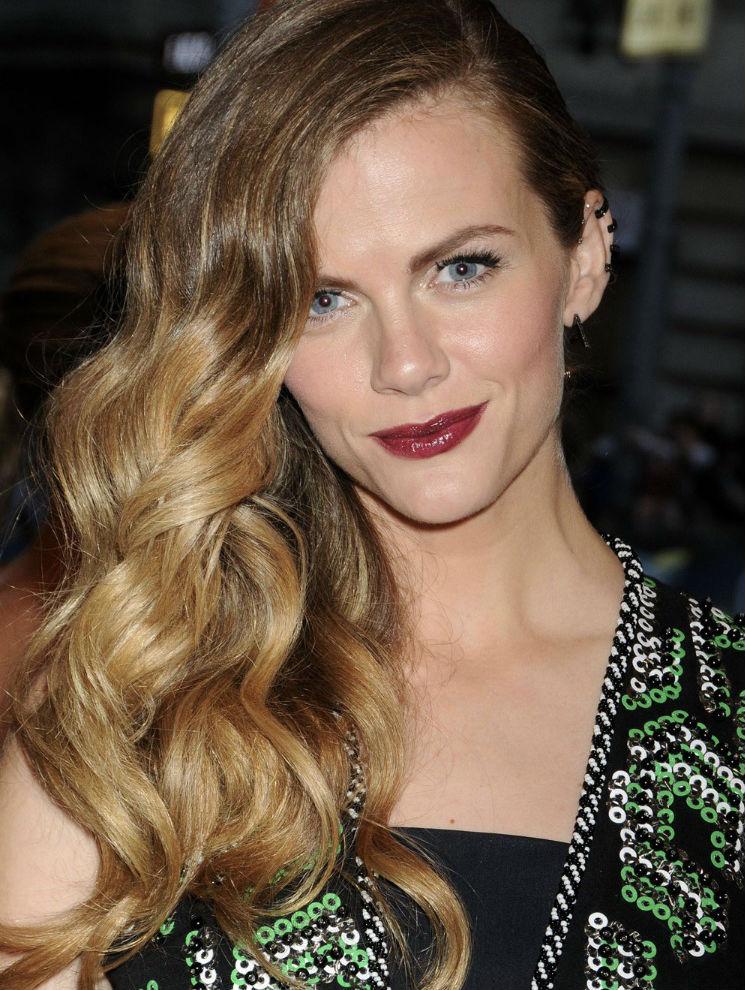 Brooklyn Decker Hair Style Pics