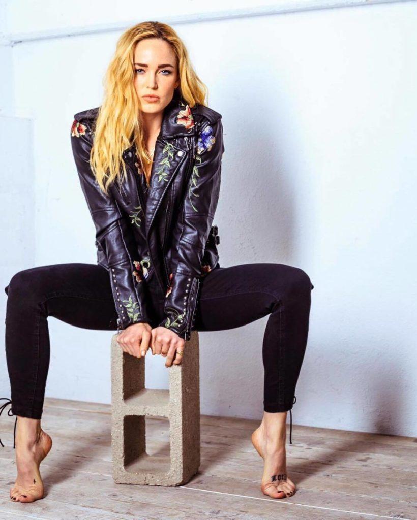Caity Lotz Jeans Photoshoots