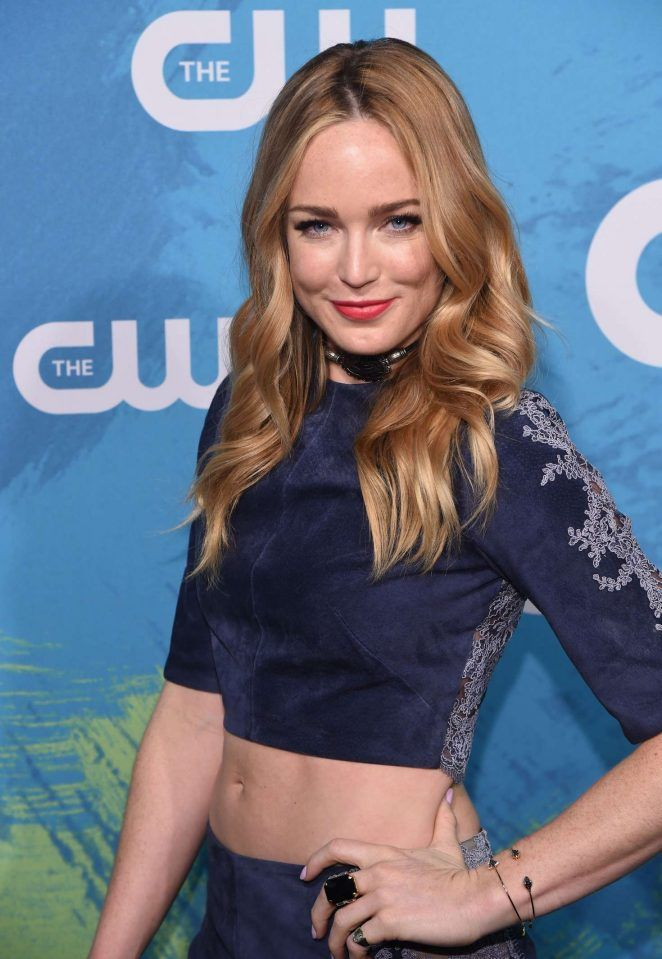 Caity Lotz Navel Photos