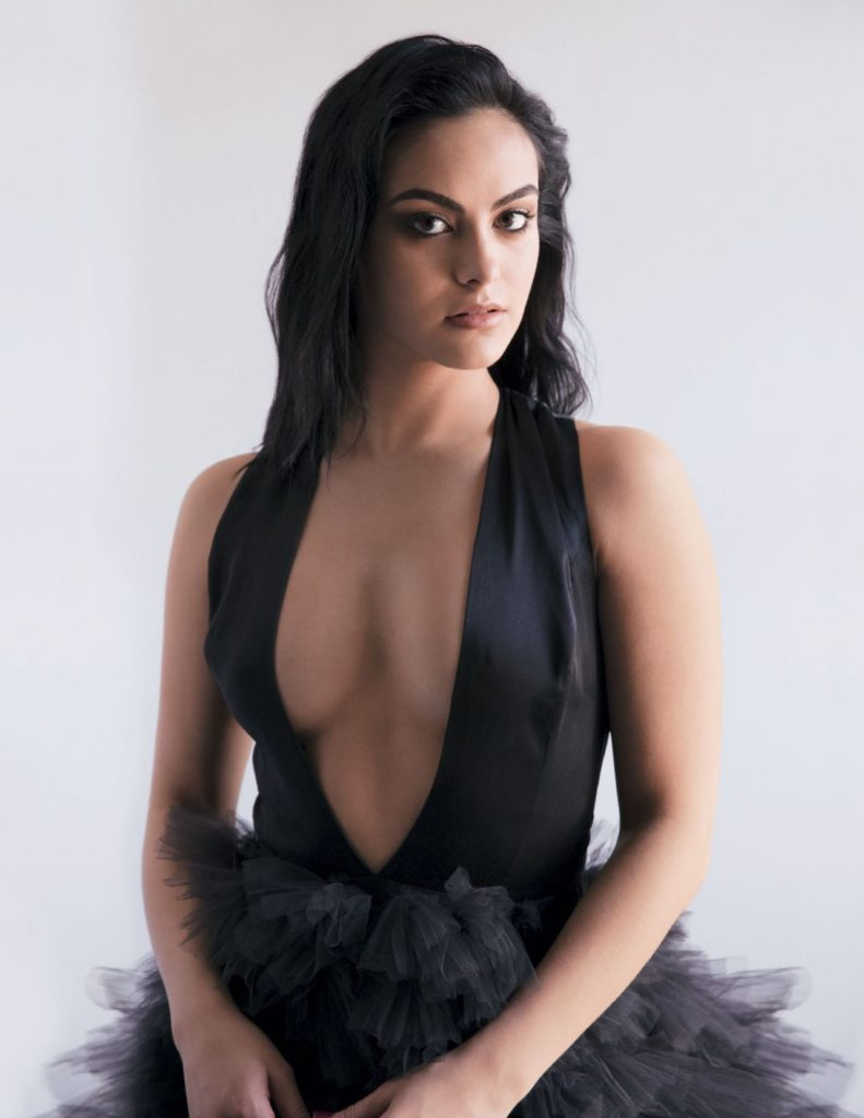 Camila Mendes Boobs Pictures