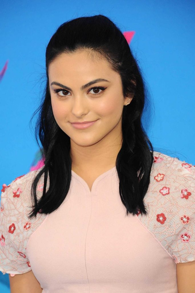 Camila Mendes Hair Style Wallpapers