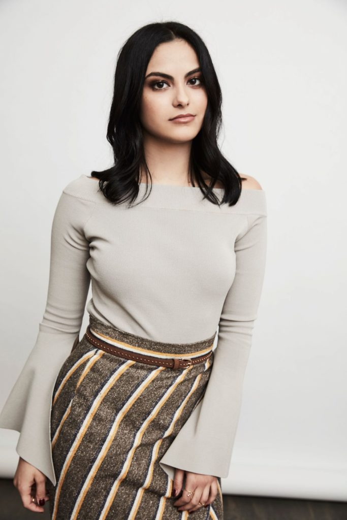Camila Mendes Images