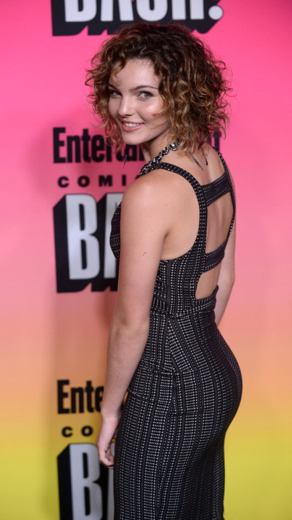 Camren Bicondova Backless Images
