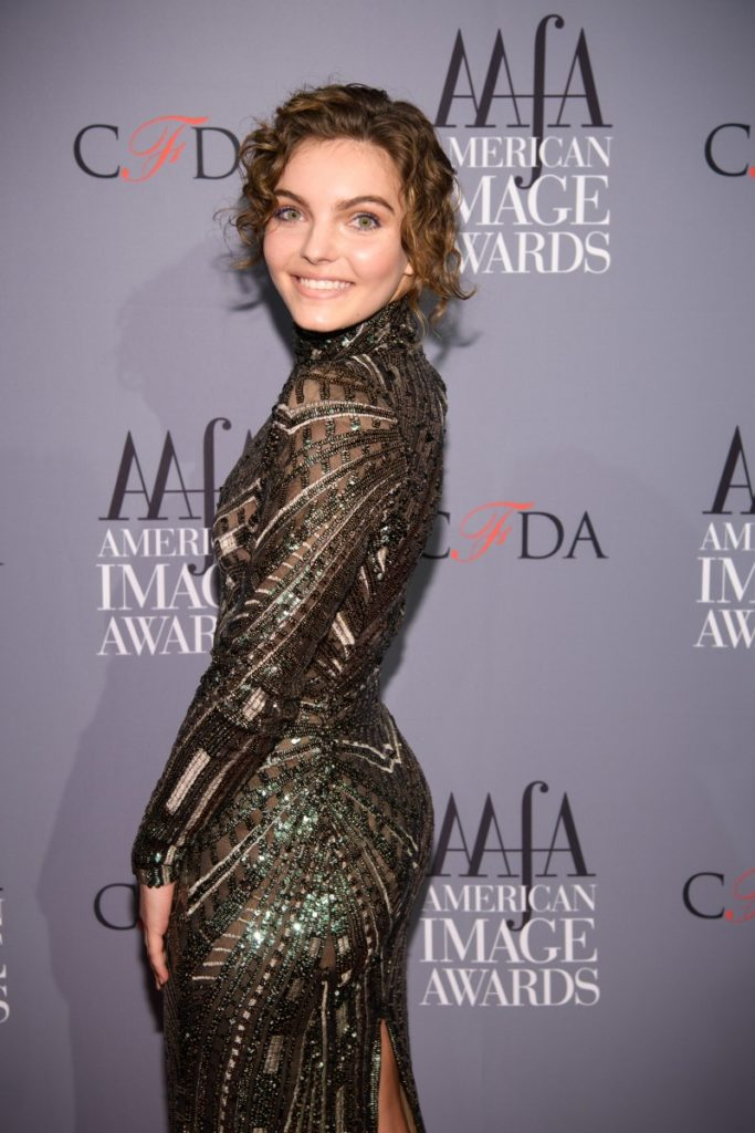 Camren Bicondova Smile Face Wallpapers