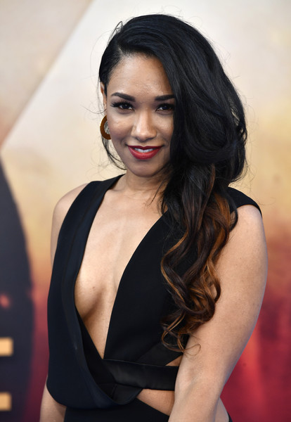 Candice Patton Oops Moment Wallpapers