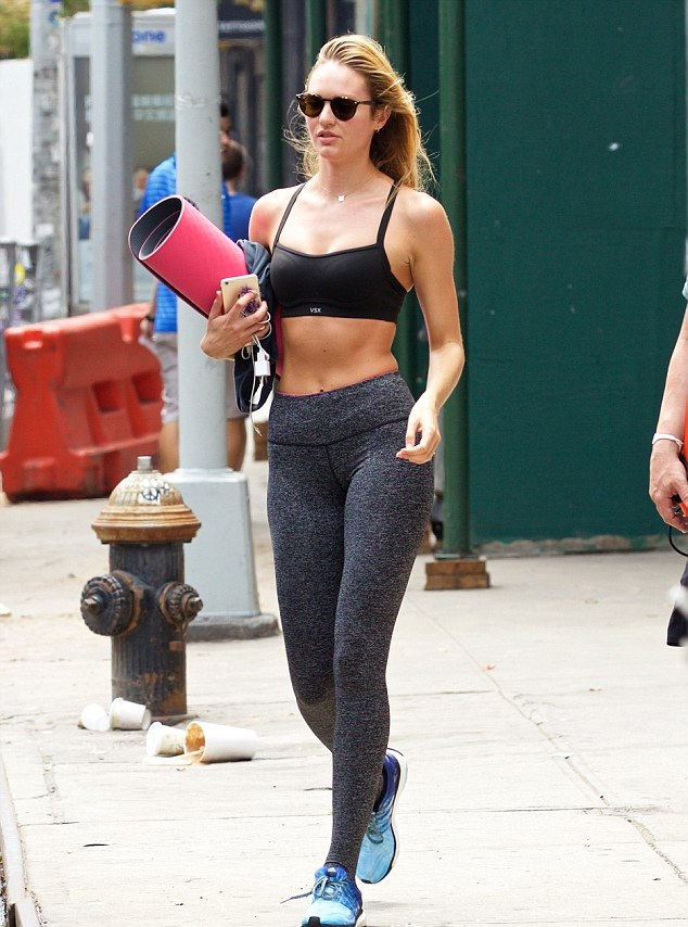 Candice Swanepoel Leggings Pictures