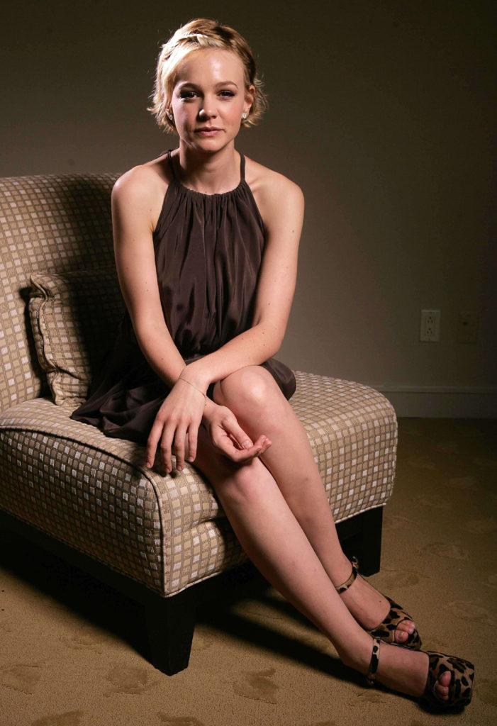 Carey Mulligan Legs Photos