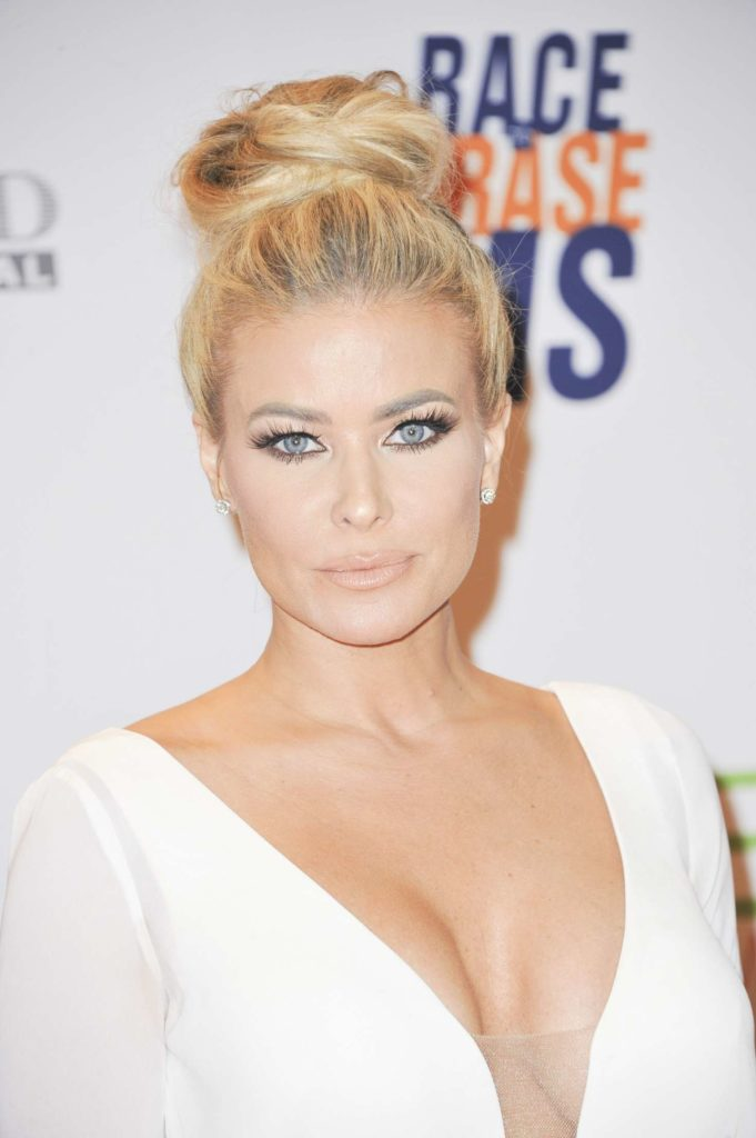 Carmen Electra Boobs Images