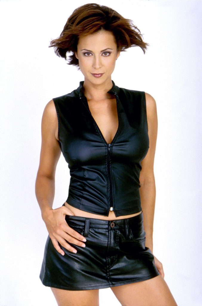 Catherine Bell Shorts Wallpapers