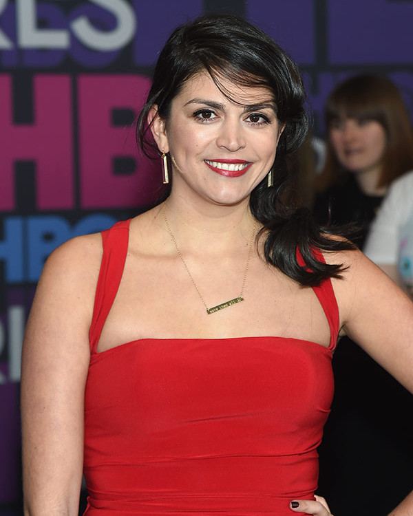 Cecily Strong Topless Images