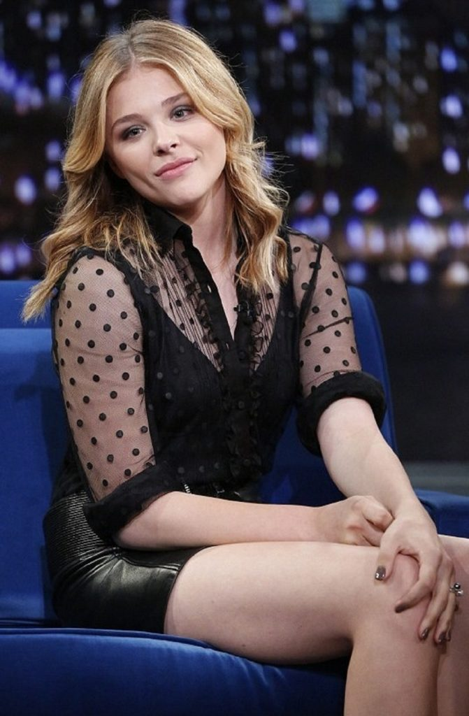 Chloë Grace Moretz Thigh Images