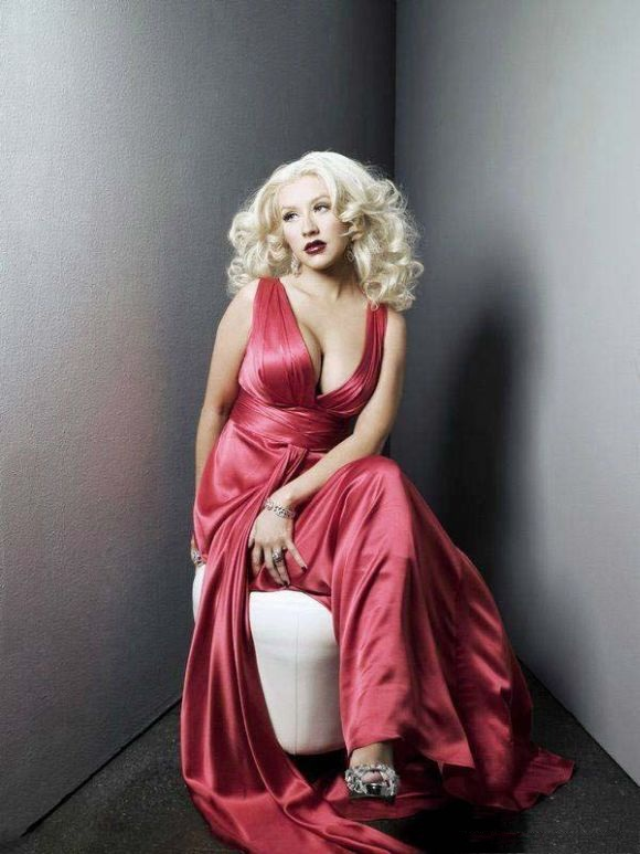 Christina Aguilera Bold Wallpapers
