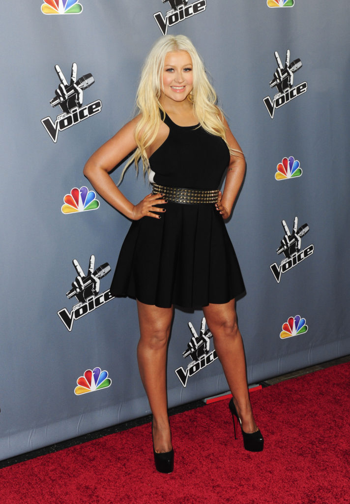 Christina Aguilera Feet Wallpapers