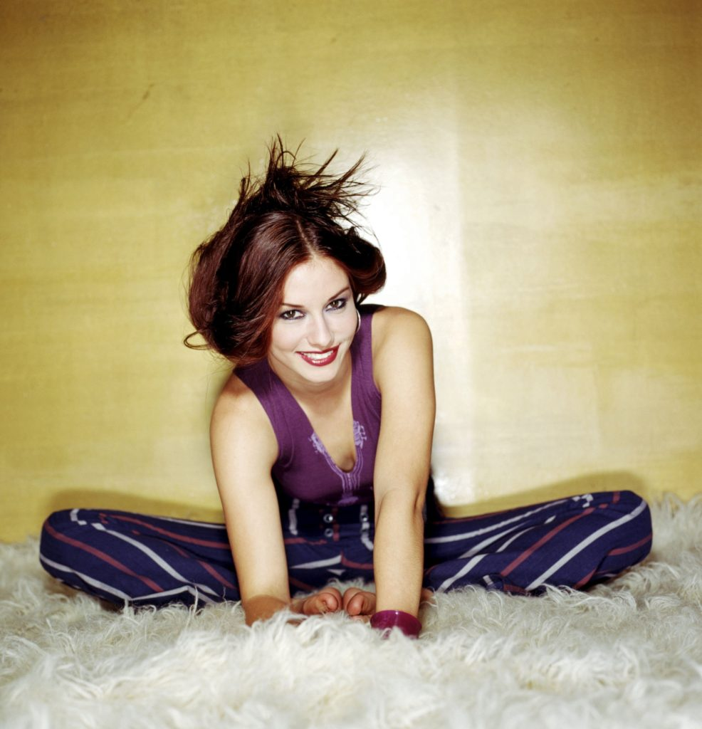 Chyler Leigh Body Wallpapers