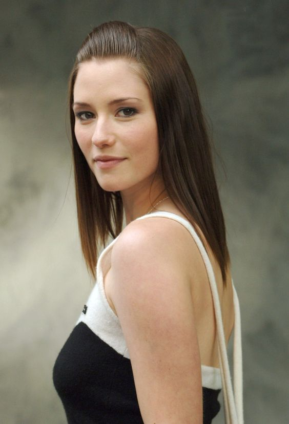 Chyler Leigh Muscles Pics