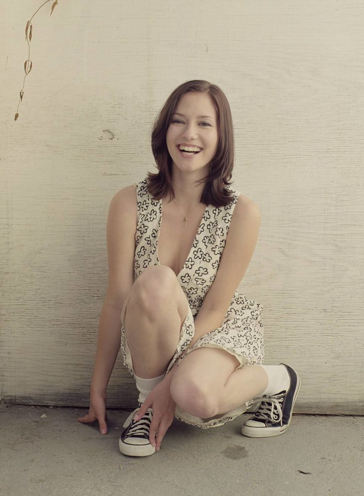 Chyler Leigh Thighs Images