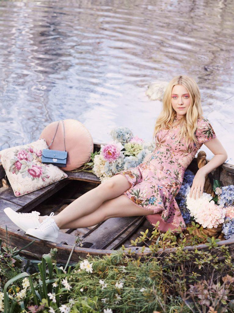 Dakota Fanning Bikini Pics