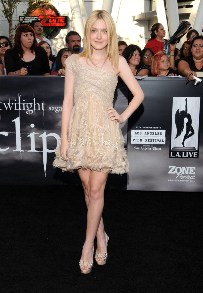 Dakota Fanning Feet Pics