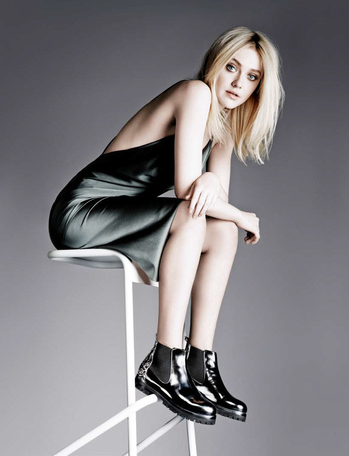 Dakota Fanning Undergarments Photos