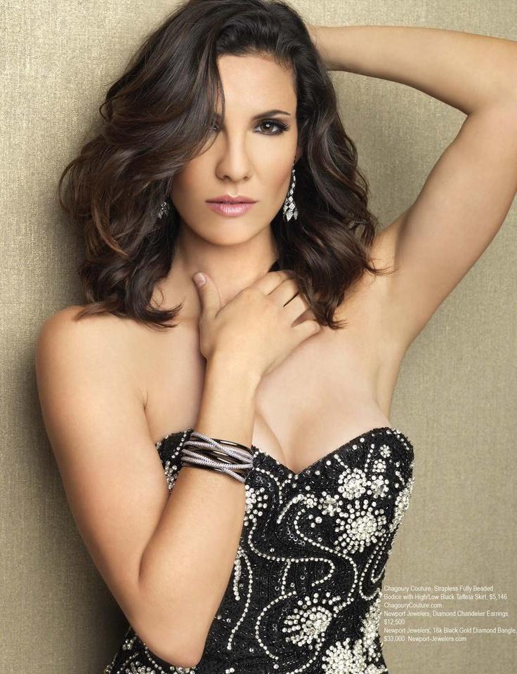 Daniela Ruah Sexy Eyes Pics