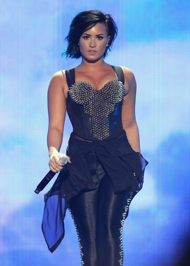 Demi Lovato Rampwalk Wallpapers