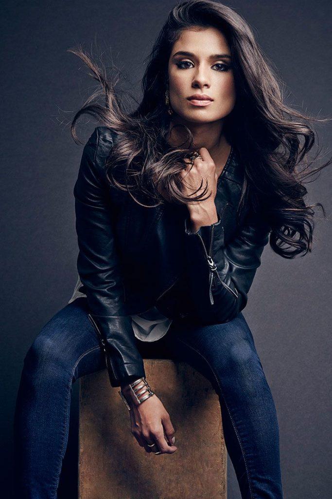 Diane Guerrero Jeans Images