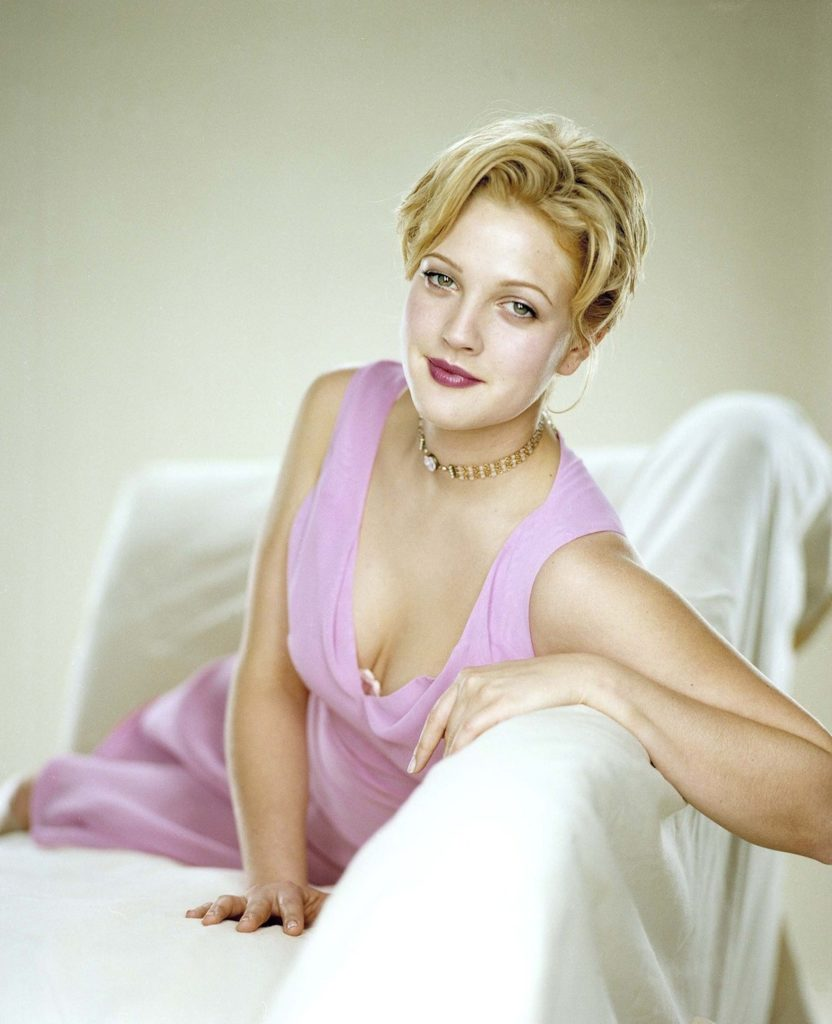 Drew Barrymore Braless Photos