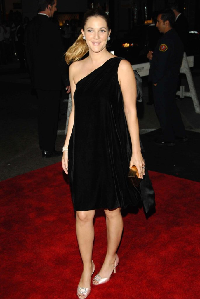 Drew Barrymore Oops Moment Pics