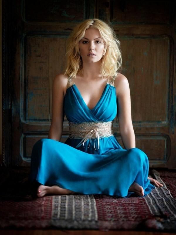 Elisha Cuthbert Undergarments Images
