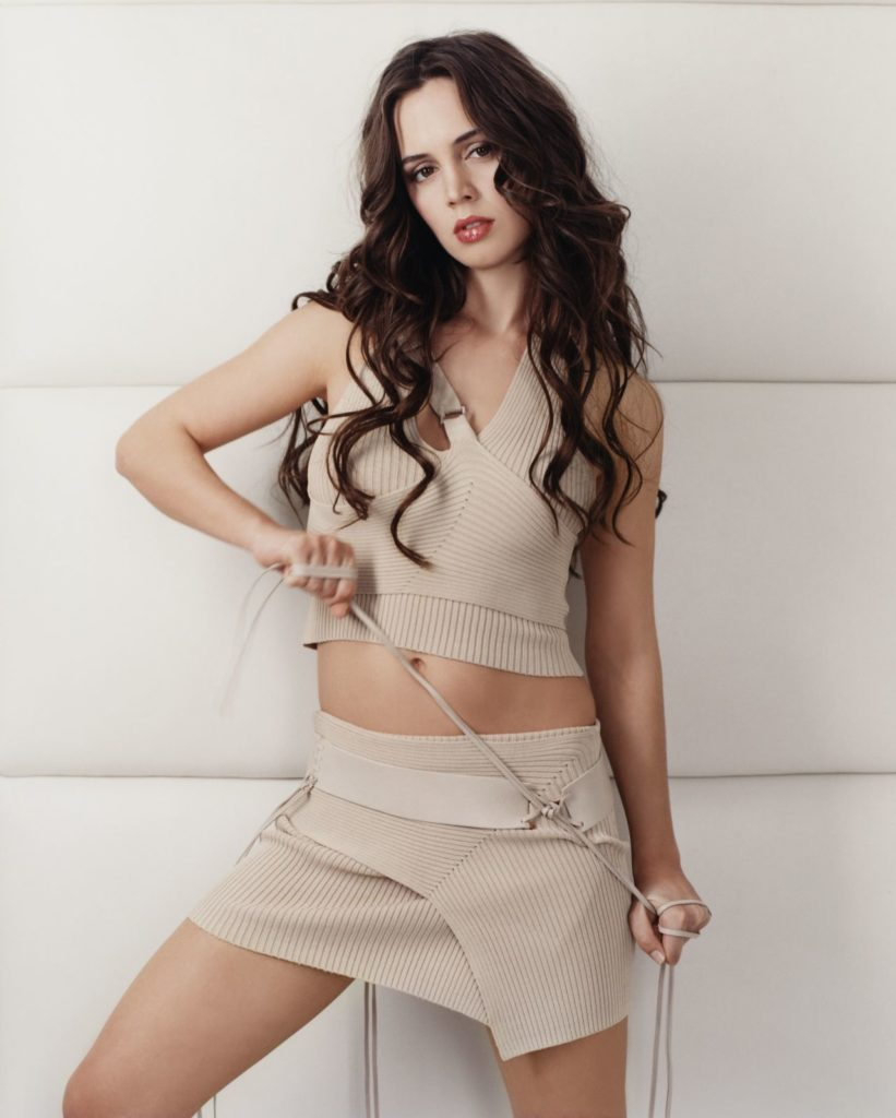 Eliza Dushku Thigh Pictures
