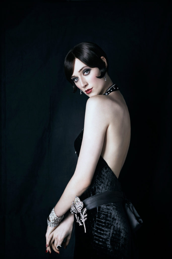 Elizabeth Debicki Backless Pictures
