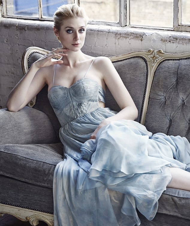 Elizabeth Debicki Undergarments Photos