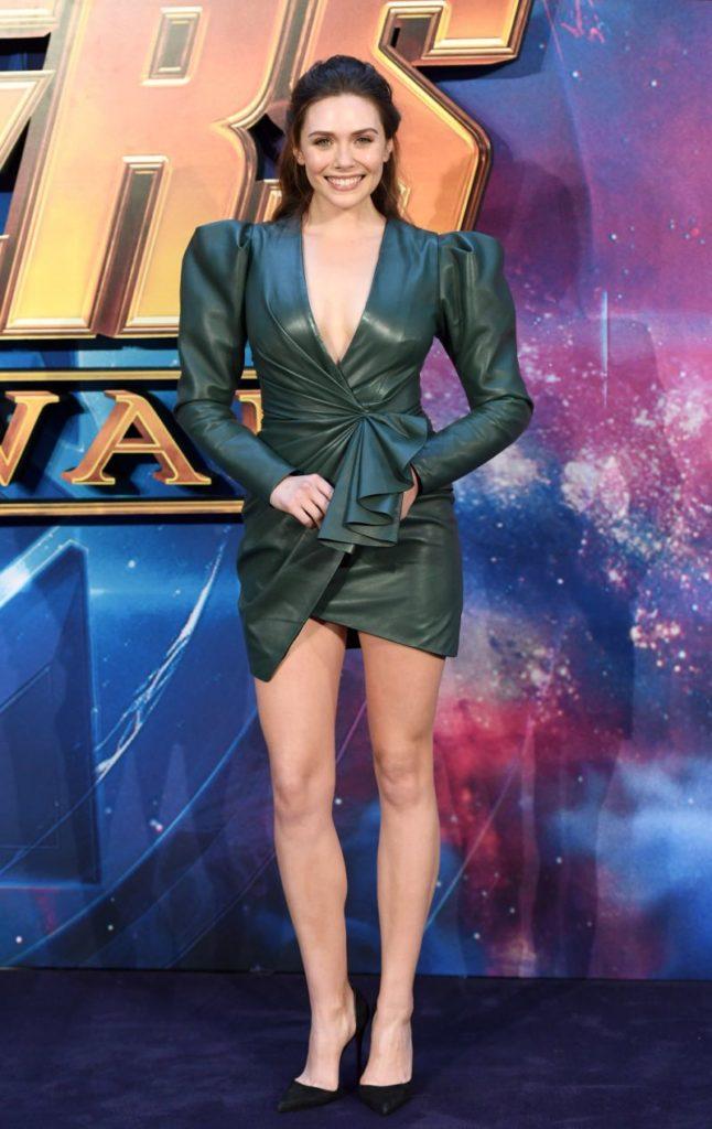 Elizabeth Olsen Bathing Suit Pictures