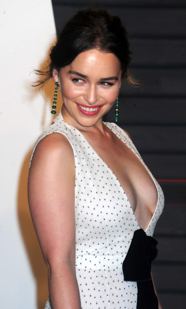Emilia Clarke Boobs Photos