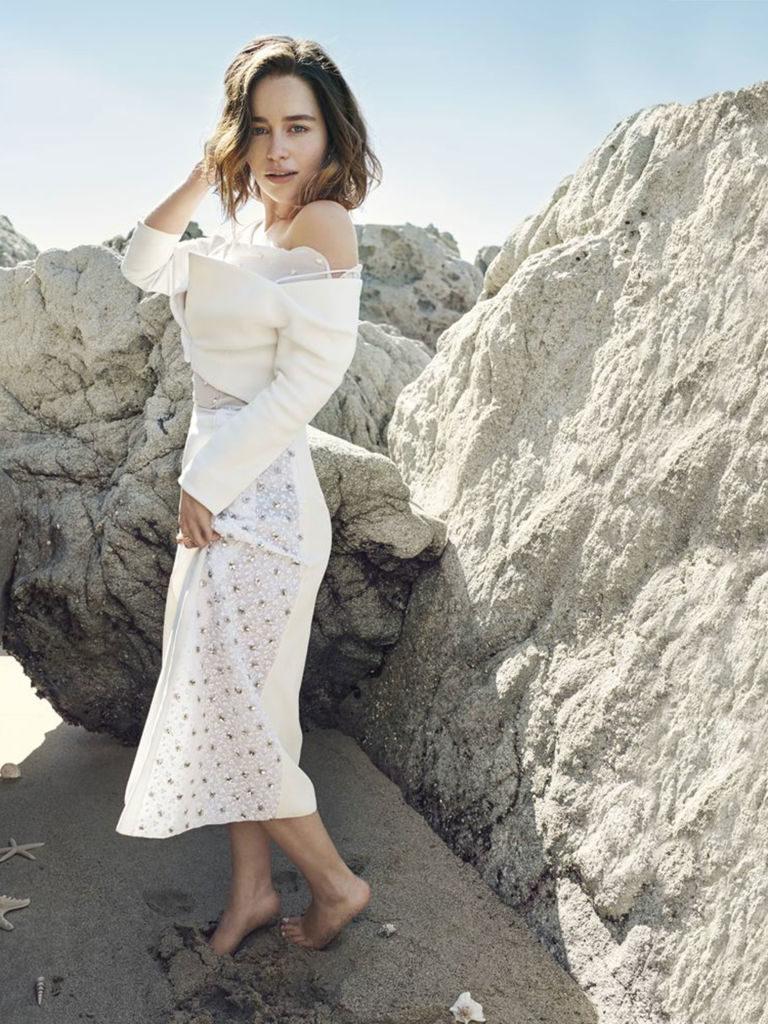 Emilia Clarke Leggings Pics