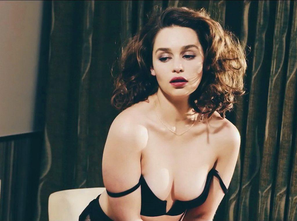 Emilia Clarke Without Bra Images